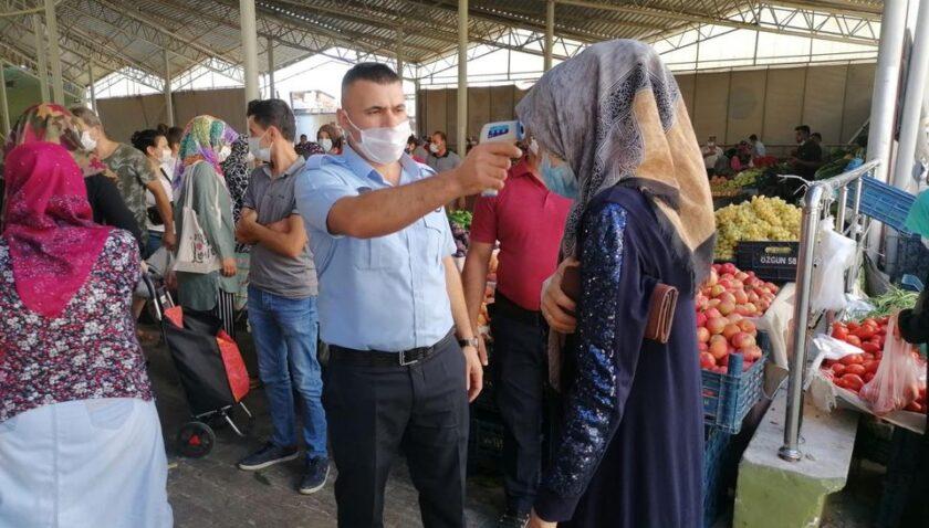 Maske takmayanlara uyarı yok 900 lira ceza var!
