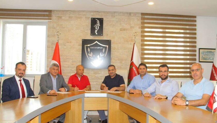 Atakaş Hatayspor'un sağlık sponsoru 1 yıl daha Defne Hastanesi