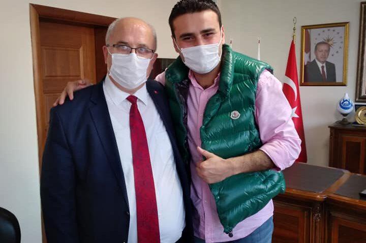CZN Burak'tan Başkan Sayın'a ziyaret