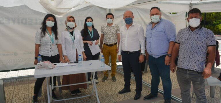 Kaymakam Uygur, aşılama çalışmalarını inceledi