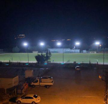 Altınözü Stadı'nda ışıklandırma sistemi yenilendi