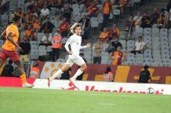 Mehdi Boudjemaa'dan retweet  yapan 10 taraftara Beşiktaş maçı bileti!