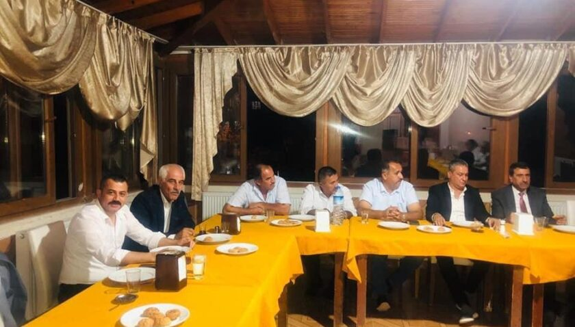 Başkan Türk ilçe başkanları toplantısına katıldı