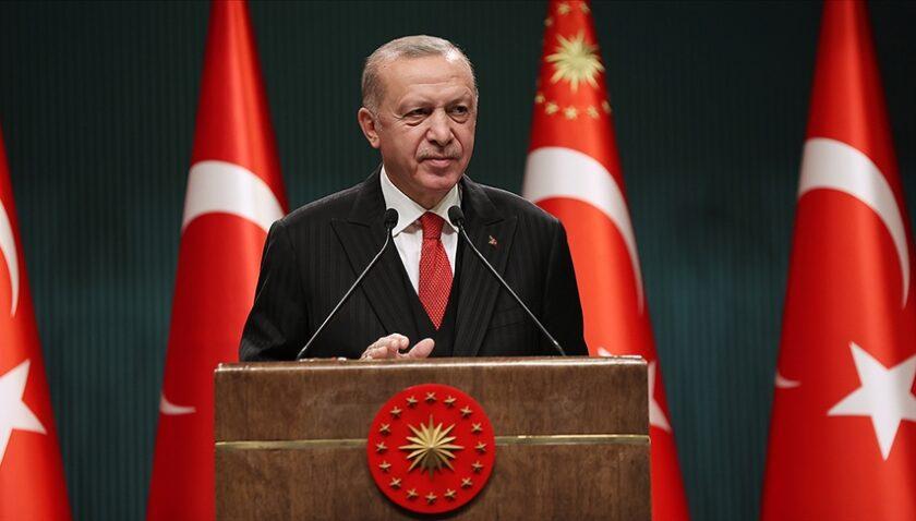 Türkiye yeni yıla sokak kısıtlamasıyla merhaba diyecek